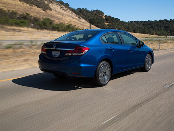 2015-honda-civic-compact-car-comparison-21-600-001